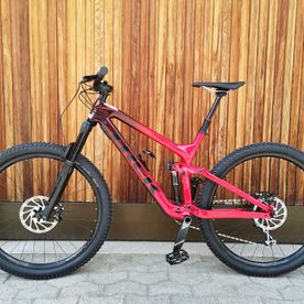 Mietbike, Trek, Slash 9.7 Carbon 29 red-magenta, Enduro
