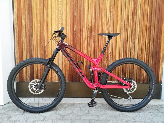 Trek Slash 9.7 Carbon 29, 2020